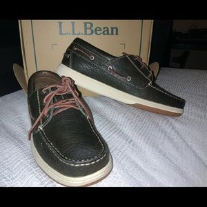 NWT L.L. BEAN 3 eye men's boat shoe. Size 11.